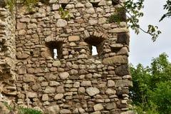 Ruinas del castillo de Vinné Imagen de archivo libre de regalías