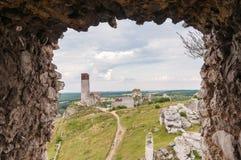 Ruinas del castillo en Olsztyn Imágenes de archivo libres de regalías