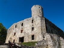 Ruinas del castillo gótico de Lipowiec, Polonia Foto de archivo libre de regalías