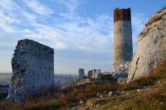 Ruinas del castillo (Olsztyn) Foto de archivo