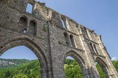 Ruinas del d& x27 de Jean del santo de la abadía; Aulps, Francia Foto de archivo libre de regalías