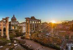 Ruinas del foro Romanum en la colina de Capitolium Fotos de archivo