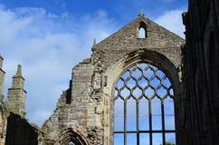 Ruinas del pico de la abadía de Holyrood Imágenes de archivo libres de regalías
