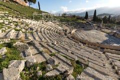 Ruinas del teatro de Dionysus en la acrópolis de Atenas, Grecia foto de archivo