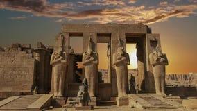 Ruinas del templo antiguo hermoso de Karnak en Luxor almacen de video