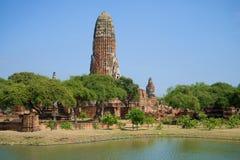 Ruinas del templo budista antiguo de Wat Phra Ram en el día soleado Ayutthaya, Tailandia fotos de archivo
