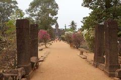 Ruinas del templo de Bakong Imagenes de archivo