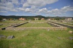 Ruinas del templo de Ulpia Traiana Sarmizegetusa fotografía de archivo libre de regalías