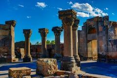 Ruinas del templo de Zvartnos en Ereván Foto de archivo