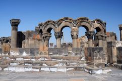 Ruinas del templo de Zvartnots (ángeles celestiales), Armenia, Asia Central Imagen de archivo