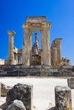 Ruinas del templo en la isla Aegina, Grecia Imagen de archivo libre de regalías