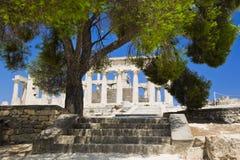 Ruinas del templo en la isla Aegina, Grecia Imágenes de archivo libres de regalías