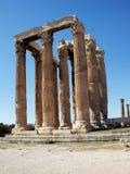 Ruinas del templo olímpico del Zeus, Grecia Foto de archivo