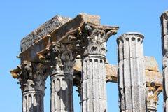Ruinas del templo romano de Evora, Portugal Foto de archivo