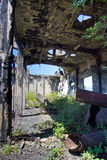 Ruinas demasiado grandes para su edad abandonadas de destruido por la central eléctrica de Tkvarcheli Tquarhcal de la guerra, Abj Imágenes de archivo libres de regalías