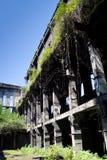 Ruinas demasiado grandes para su edad abandonadas de destruido por la central eléctrica de Tkvarcheli Tquarhcal de la guerra, Abj Imagen de archivo
