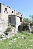 Ruinas en el campo de Croacia imagen de archivo