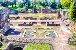 Ruinas en el chalet Adriana (el chalet) de Hadrian, Tivoli, Italia Foto de archivo libre de regalías
