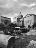 Ruinas en el romano del foro imagen de archivo libre de regalías