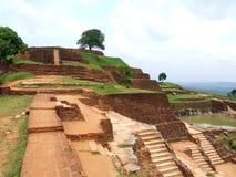 Ruinas en la roca de Sigiriya Imagen de archivo libre de regalías