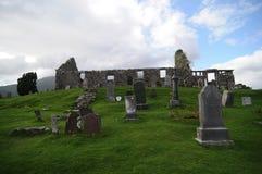 Ruinas históricas de la iglesia de Cill Chriosd en la isla de Skye imagen de archivo libre de regalías