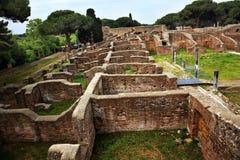 Ruinas romanas antiguas Ostia Antica Roma Italia Imagen de archivo