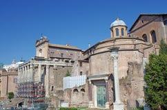 Ruinas romanas del templo Fotos de archivo