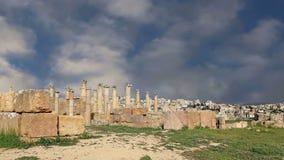 Ruinas romanas en la ciudad jordana de Jerash Gerasa de la ciudad de la antigüedad, capital y más grande del Governorate de Jeras almacen de metraje de vídeo