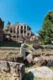 Ruinas romanas en Roma Imagenes de archivo