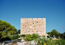 Ruinas viejas de una fortaleza imagen de archivo libre de regalías