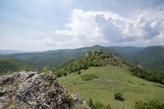 Ruinas viejas del castillo Fotos de archivo libres de regalías
