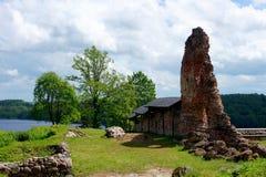 Ruinas y nubes Fotos de archivo libres de regalías