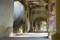 Ruine antique de la construction sur des rhodos Image libre de droits