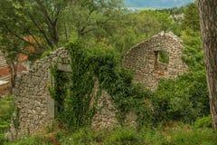 Ruine de la maison en pierre Images libres de droits