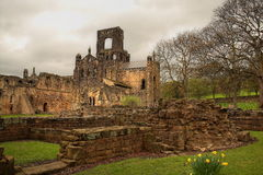 Ruine der Kirkstall Abtei lizenzfreie stockfotos