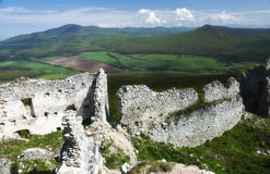 Ruine des Schlosses Gymes Lizenzfreie Stockfotos