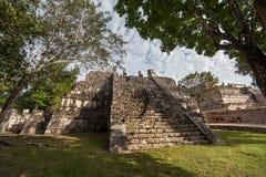 Ruine maya préhistorique chez Chichen Itza, Yucatan, Mexique Image libre de droits