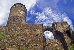 Ruine velho do castelo Fotos de Stock Royalty Free