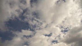 Ruine Windeck de château avec le ciel bleu clips vidéos