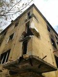 Ruined отказалось от дома стоковая фотография