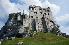 Ruined medieval castle in Ogrodzieniec Stock Photography