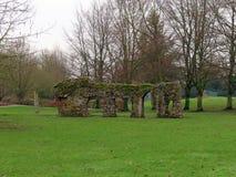 Ruinen in Abbey Gardens lizenzfreie stockfotografie