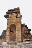 Ruinen - alte griechisch-romanische und byzantinische Stadt von Hierapolis Stockfotografie