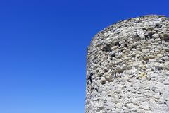 Ruinen auf dem Blau lizenzfreie stockfotografie