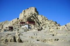 Ruinen auf dem Hügel stockfotografie