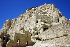 Ruinen auf dem Hügel stockfotos