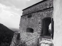 Ruinen in den Bergen stockbild