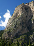 Ruinen in den Dolomit-Bergen, Italien Stockbild