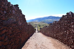 Ruinen der alten Inkastadt von Pikillacta, nahe zu Cusco, Peru lizenzfreies stockbild