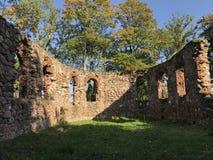 Ruinen der alten Kirche in Lettland, Embute lizenzfreies stockbild